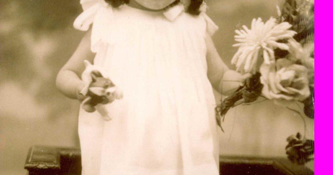 Una vita di carta, la vera storia della regina delle novelle